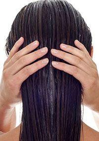 Application de l'après shampooing